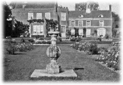 Garden of Spains Hall, 1928